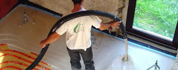 La pose de chape légère pour un plancher chauffant optimal